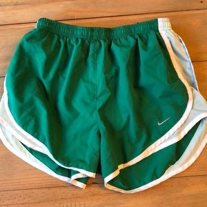 Nike tempo women's shorts